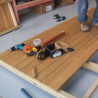 Screw Products - Star Drive Wood Screws, Composite Deck Screws & Decking Products